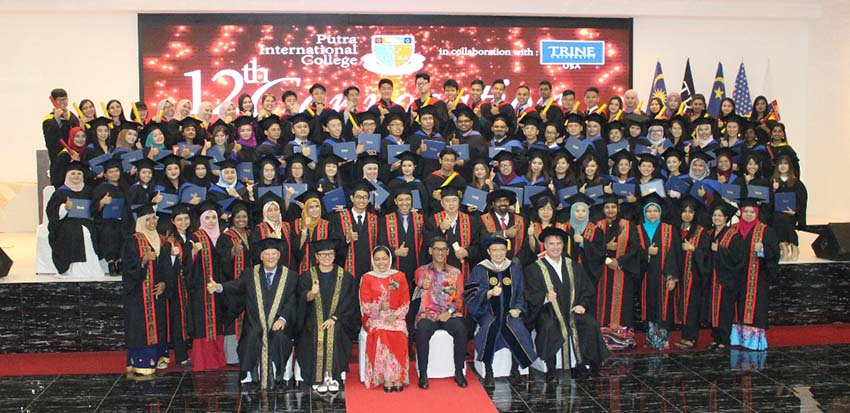 Putra Commencement